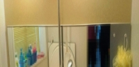 鏡を横長に設置することにより 圧迫感が軽減されます
