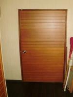 リフォーム前の、いわゆる普通のドア^^