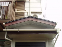 雨樋が綺麗だと本当に、清清しいお家になりますよね^^