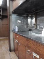 リフォーム前のキッチン、低いし収納がほとんどありませんでした