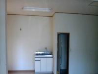 キッチンも新しい厨房にするため、撤去します。